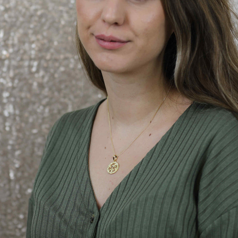 Model Wearing Beautiful Zodiac Pisces Solid Gold Pendant By Jewelry Lane