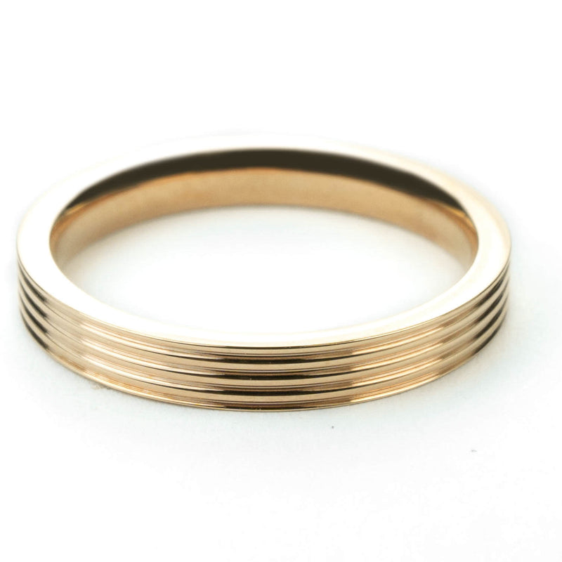 Stylish Grooved Solid Gold Ring By Jewelry Lane