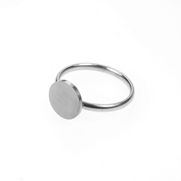 Beautiful Simple Round Flat Top Design Solid White Gold Ring By Jewelry Lane