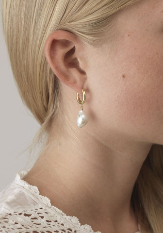 Gertrude Pearl Hoop Earrings (pair), Gold