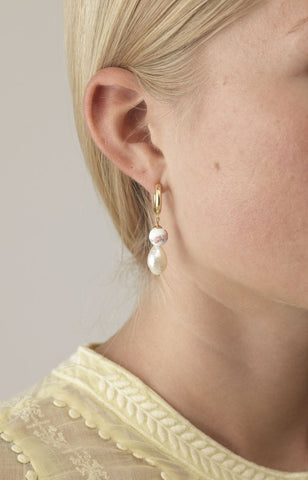 Heloise Pearl Earrings (Pair), Rose