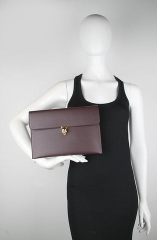 Skull Envelope Clutch Grained (G), Burgundy