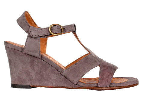 Fredy Suede Low Wedge