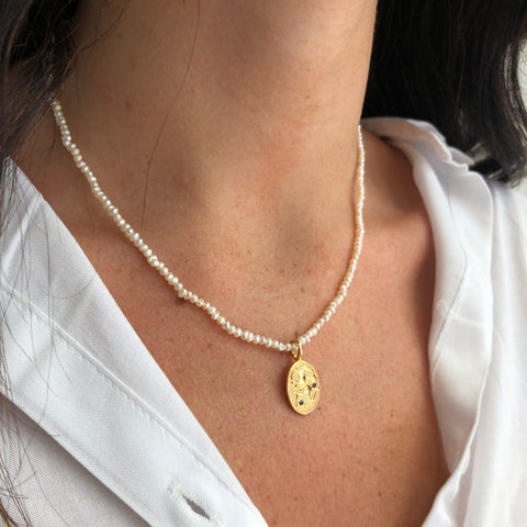 Sealstone Runner on Pearl Necklace, Gold