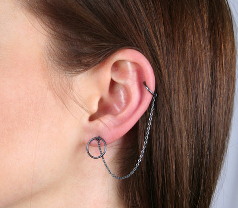 Mono Circle Earring, Black