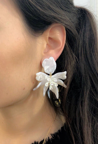 Daffodil Earrings, Mother of Pearl