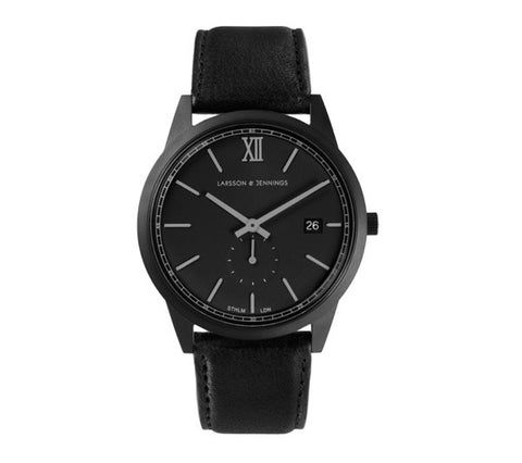 Saxon 39mm, Black Case, Black Leather