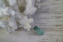 Load image into Gallery viewer, Blue Druzy Quartz Silver Necklace
