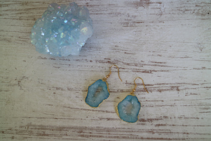 Blue Goede Druzy Agate earrings with gold plated edges and earring hooks