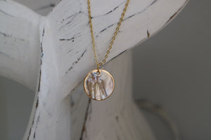 Mother of Pearl Shell Gold Necklace