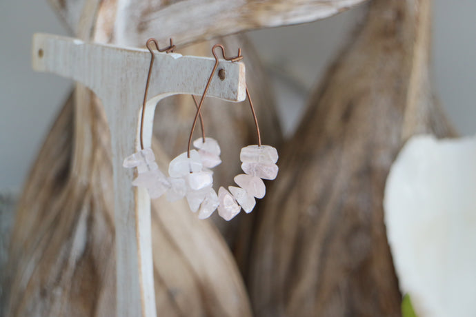 Boho pink rose quartz crystal chip gemstones on antique copper earrings hoops