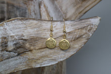 Load image into Gallery viewer, Gold Matte Turtle Earrings