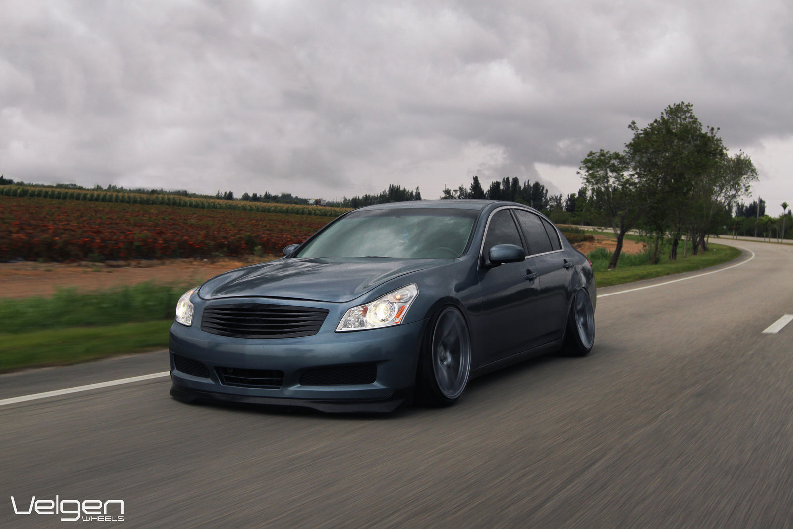 G35 Sedan Bagged // VMB5 // Matte Gunmetal // 20×10.5