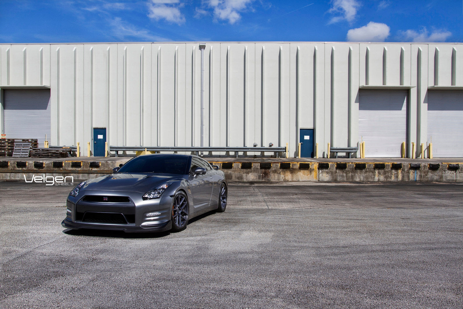 2-Nissan GTR on Velgen Wheels