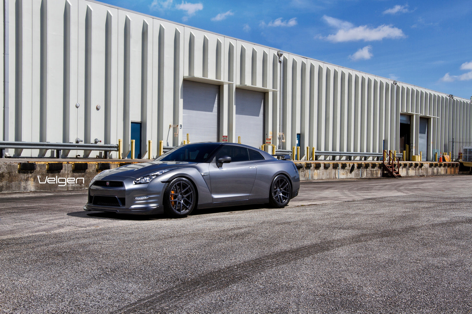 8-Nissan GTR on Velgen Wheels