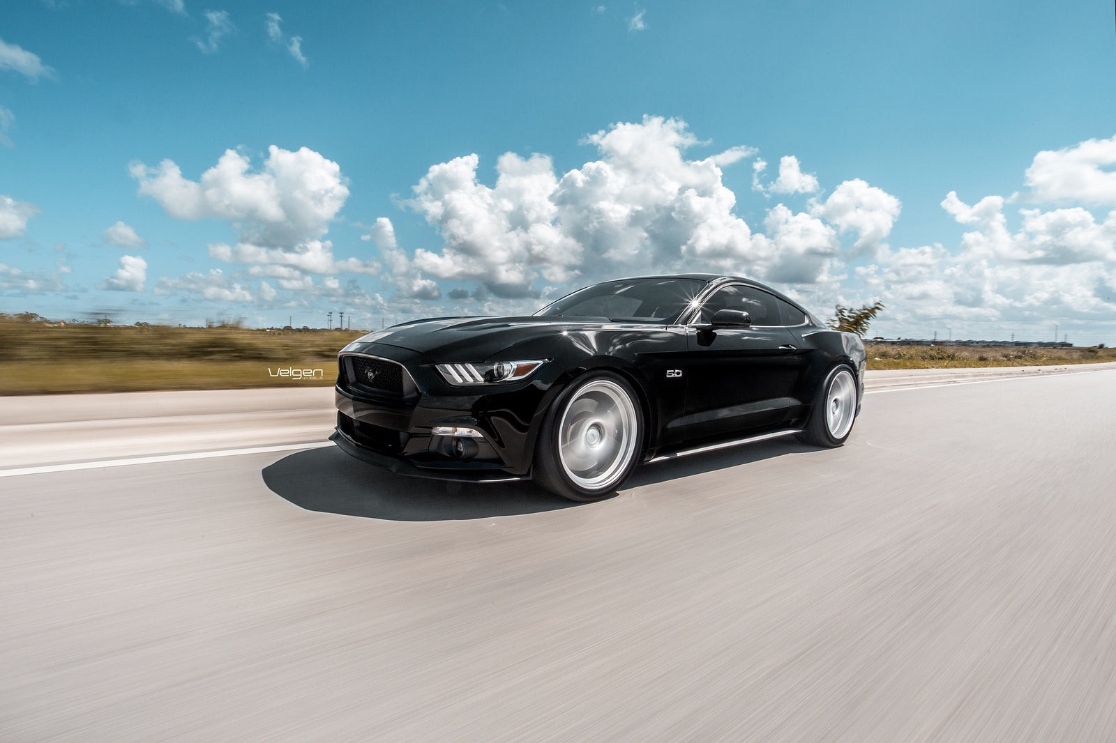 black-mustang-classic5-silver-9