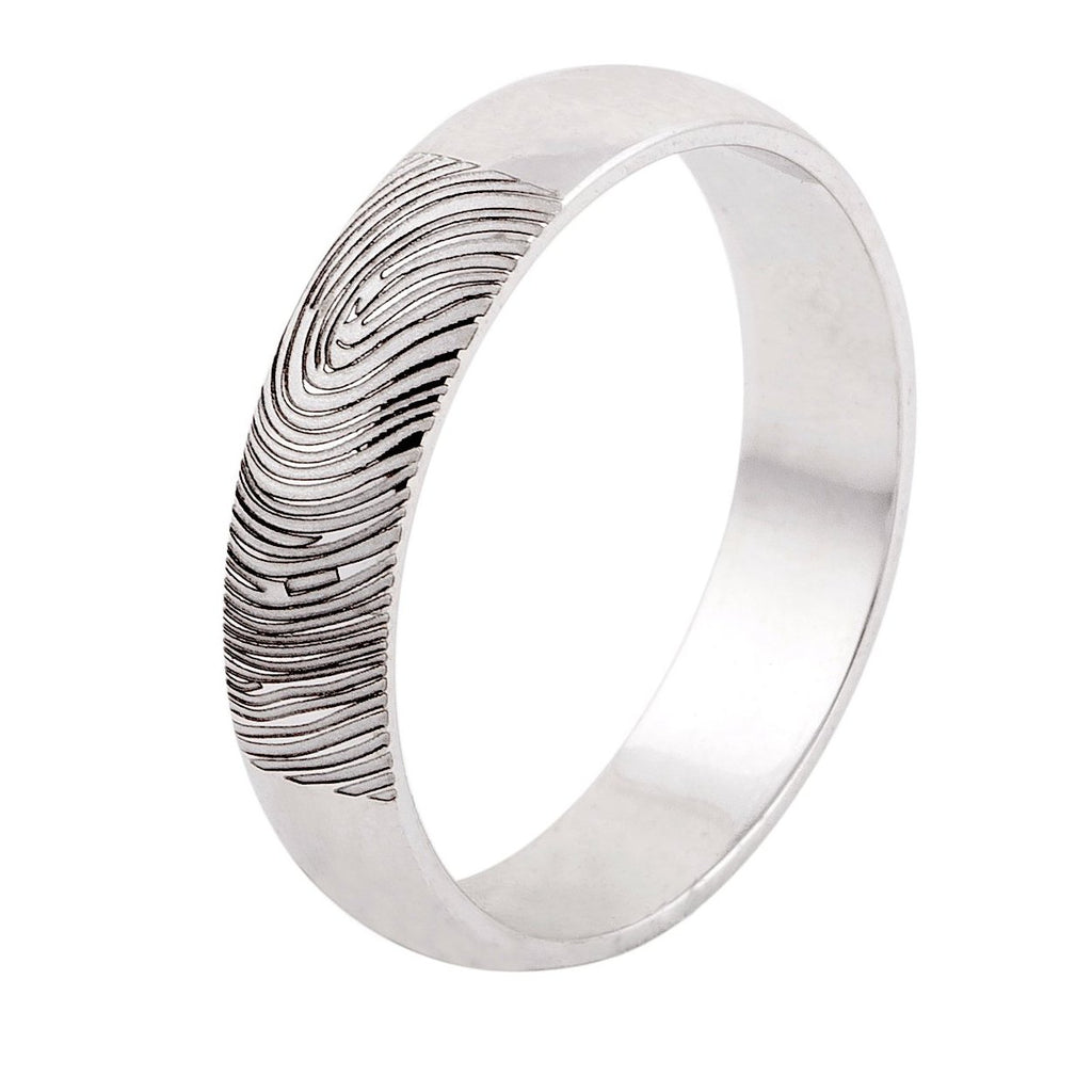 Fingerprint Engraved on your platinum wedding rings by Jewelove. Make your wedding rings truly unique.