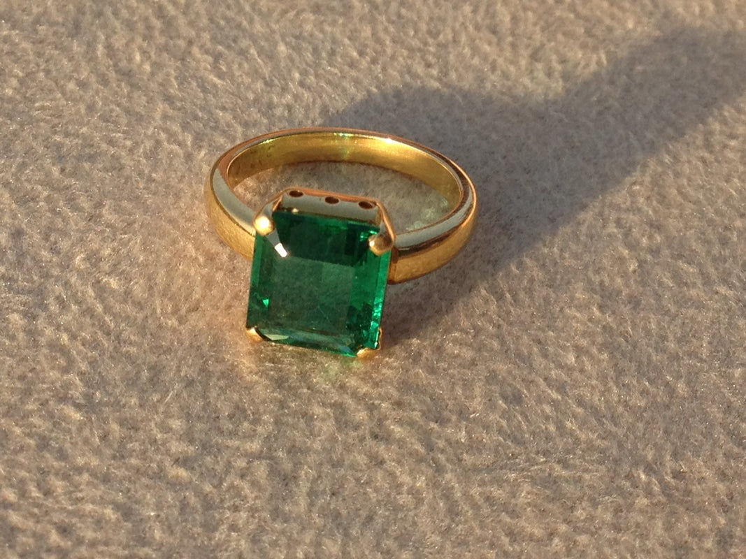 Exceptional Natural Emerald Ring SJ R 652 in India