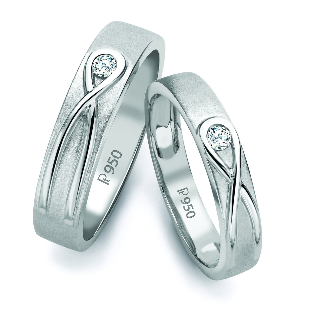 Infinity Knot Solitaire Platinum Love Bands SJ PTO 115 in India