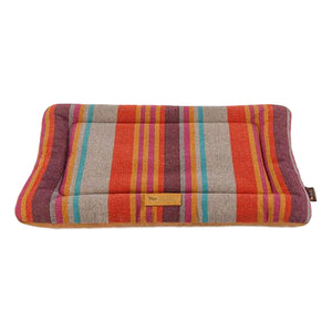 Durable Eco Lounger Pet Bed
