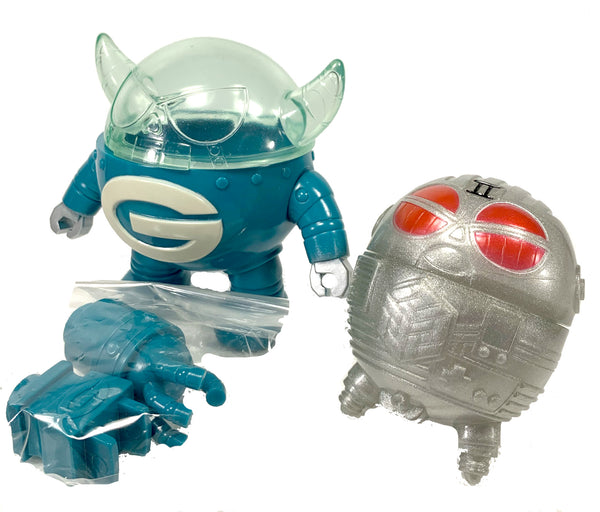 "GARGAMEL GACHA MECHA ROBOT SERIES, Still in original vintage box, 4"" Tall x 3"" Wide"