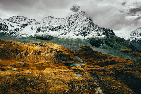 AUTUMN IN THE ALPS
