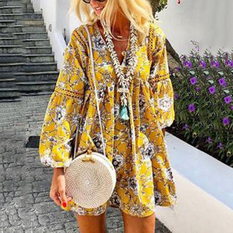 Yellow Long Sleeve Floral V Neck Casual Dresses