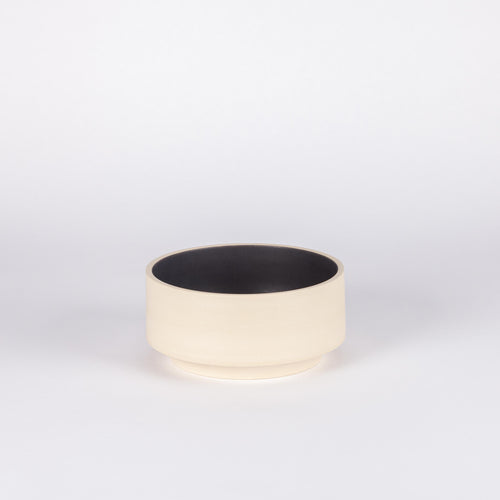 Atlas Large Bowl, Natural & Matte Black