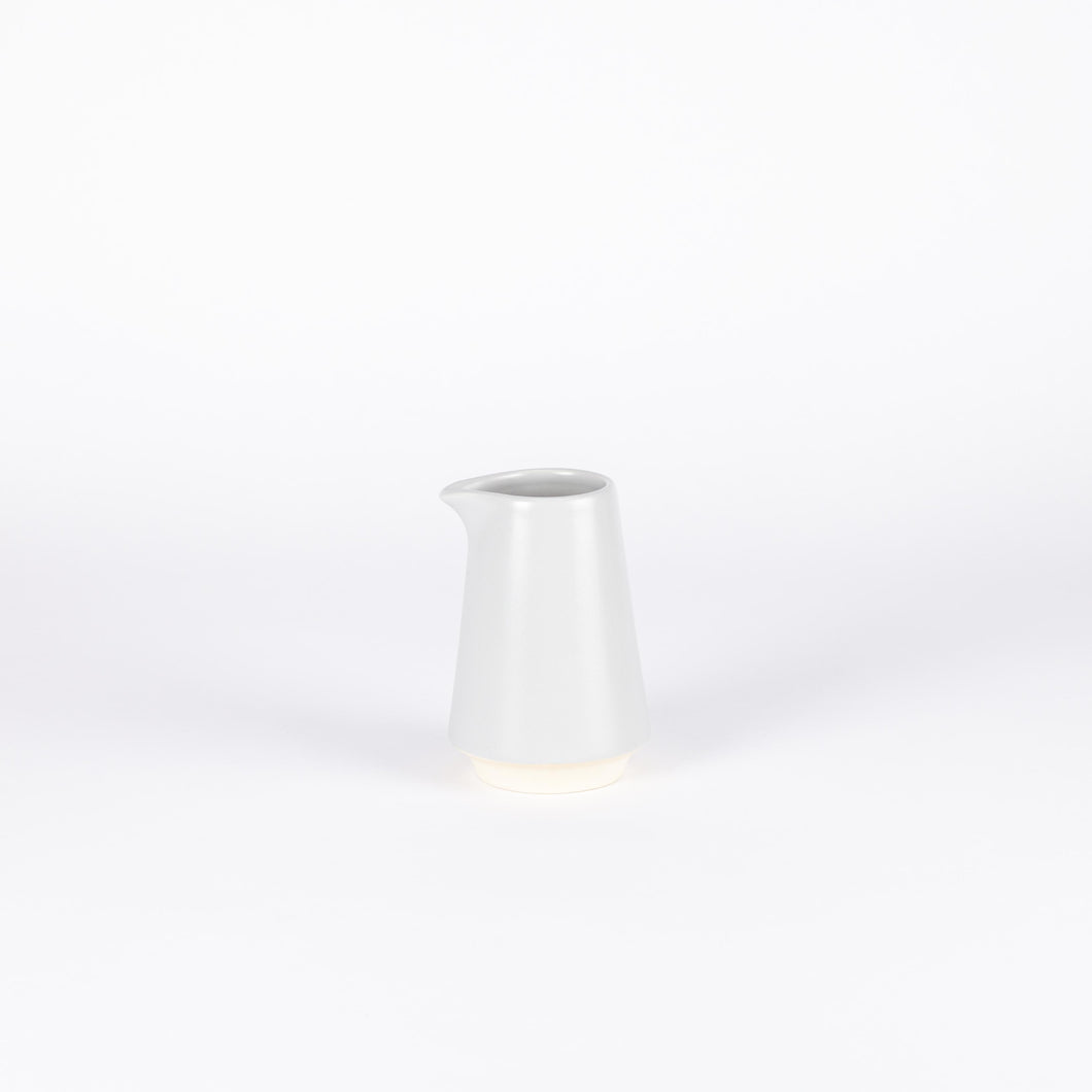Atlas Carafe, Small, Light Grey