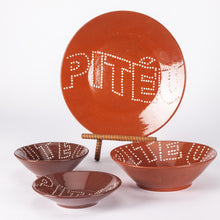 Load image into Gallery viewer, Pitéu (Tasty Morsel) Medium Bowl