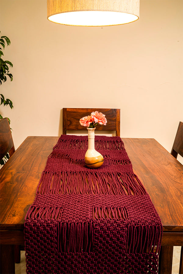 Checkered Hand-Knotted Table Runner