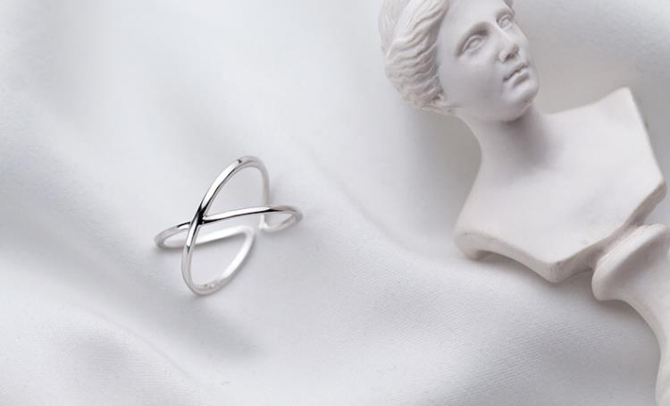 Vintage Style Silver Cross Women Fashion Ring - Ylime