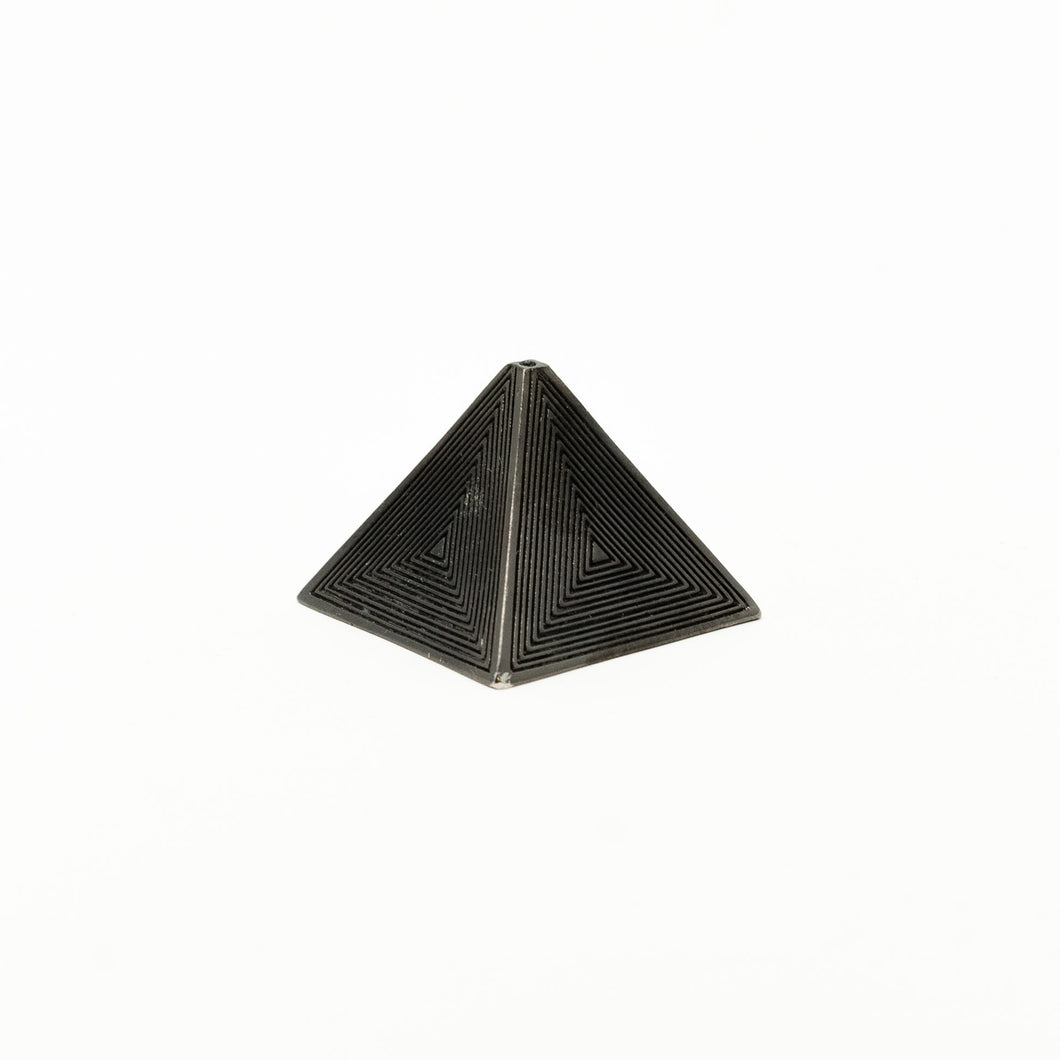 The Pyramid – Black