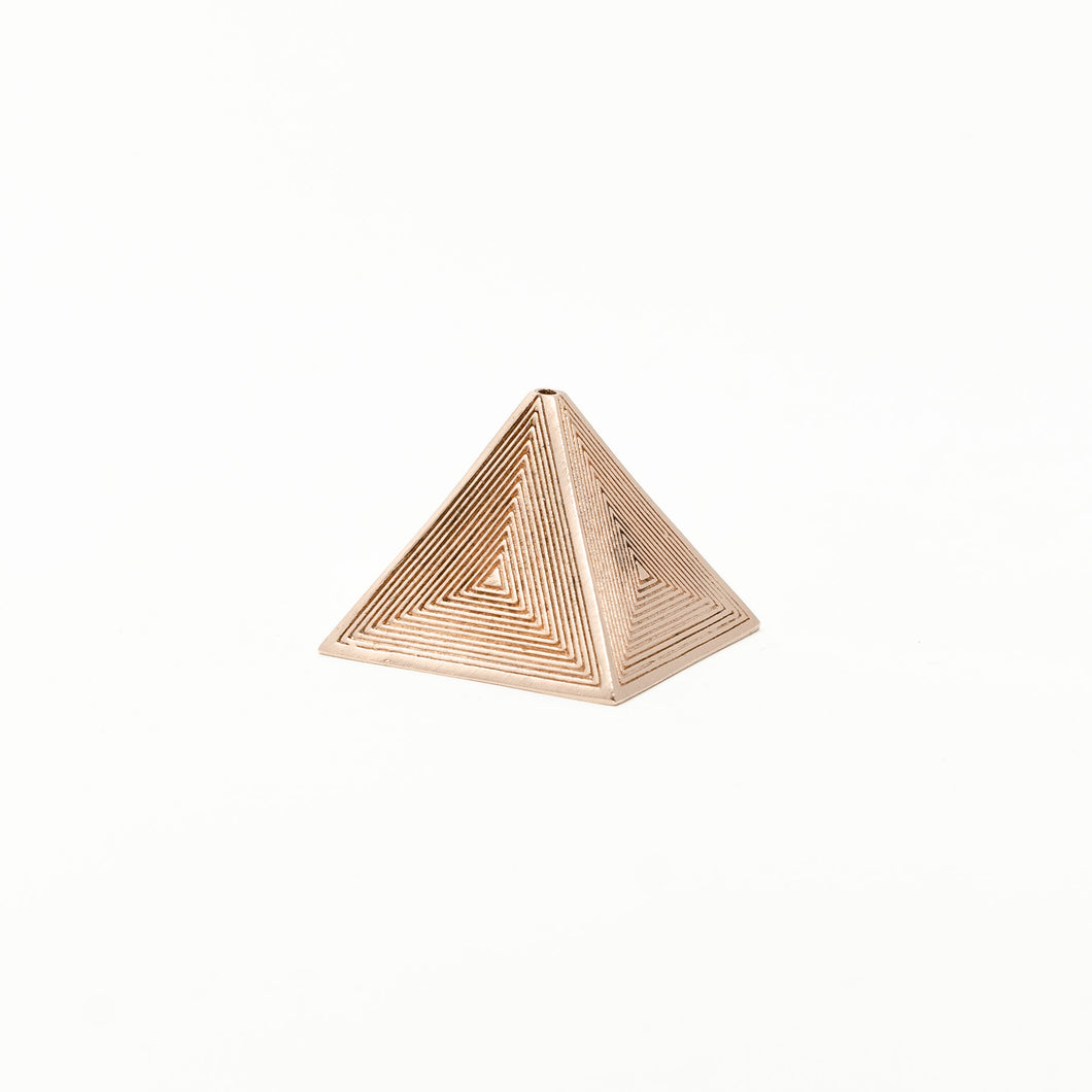 The Pyramid – Rose Gold