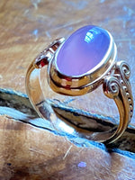 Oval Holly Agate 14k Gold Ring with Decorated Band, Size 7