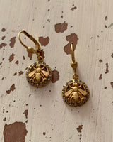 La Vie de Parisienne Dangle Earring