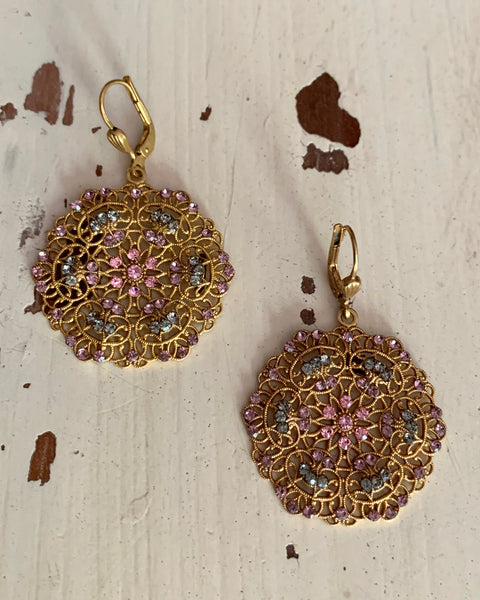 La Vie de Parisienne Circle Earring