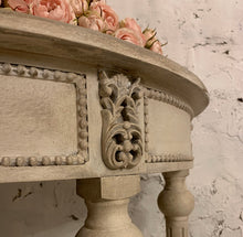 Load image into Gallery viewer, Gorgeous French Style Console Table