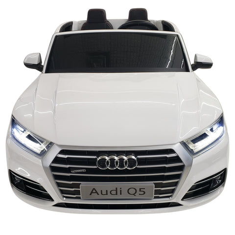 Kids Electric Battery Operated AUDI Q5D-White Paint Sport Model Riding Toy 2 Motors 2 Seats Remote Control Toy Car
