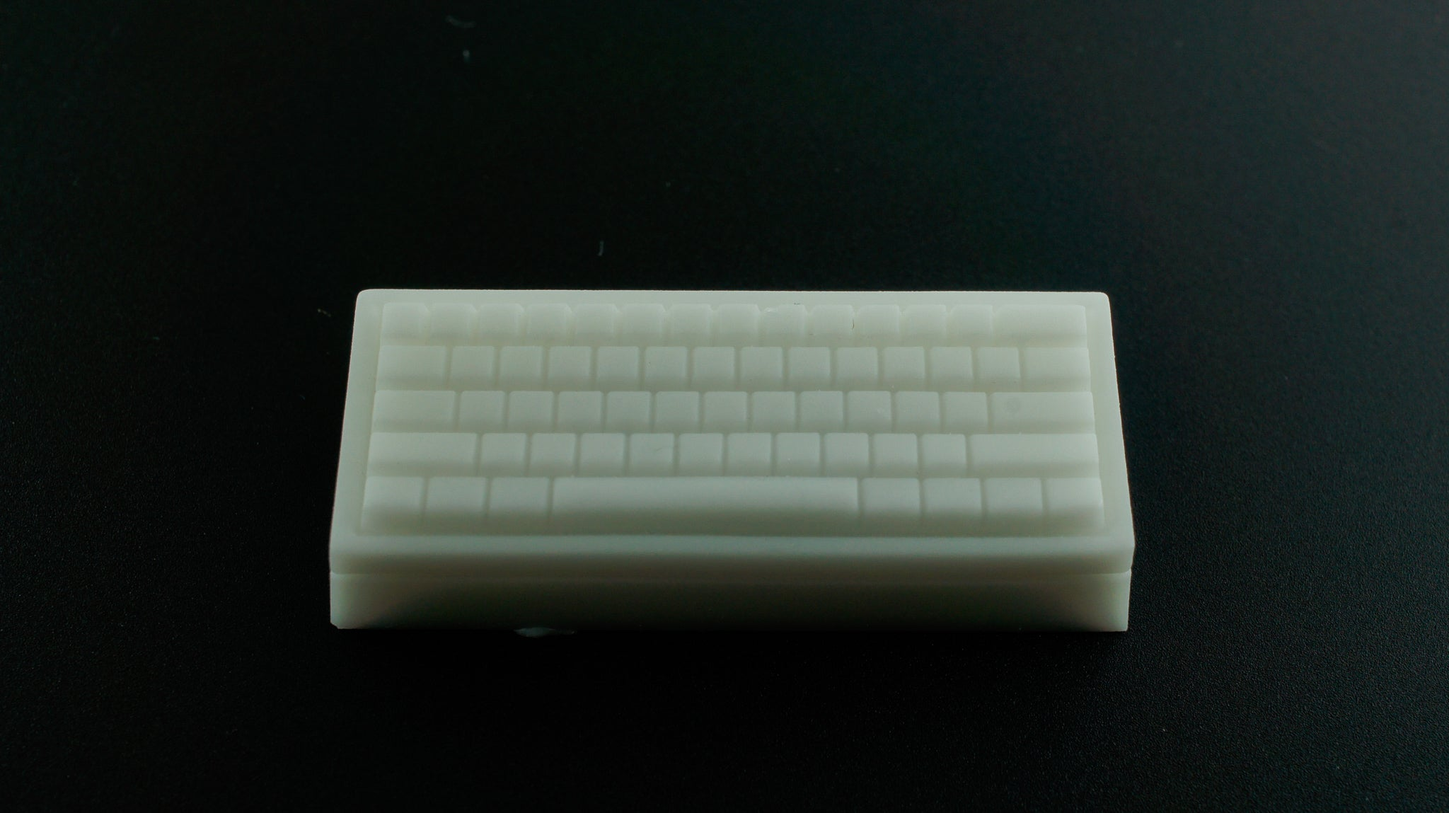 Dusty Keebs - White