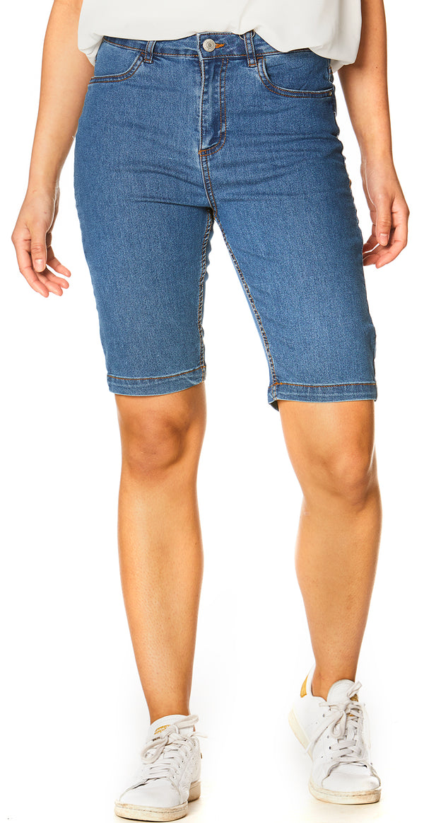 Blå denim shorts med lommer