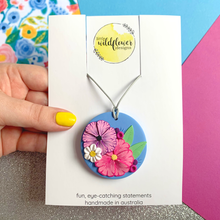 Load image into Gallery viewer, Floral Affair Circle Necklace