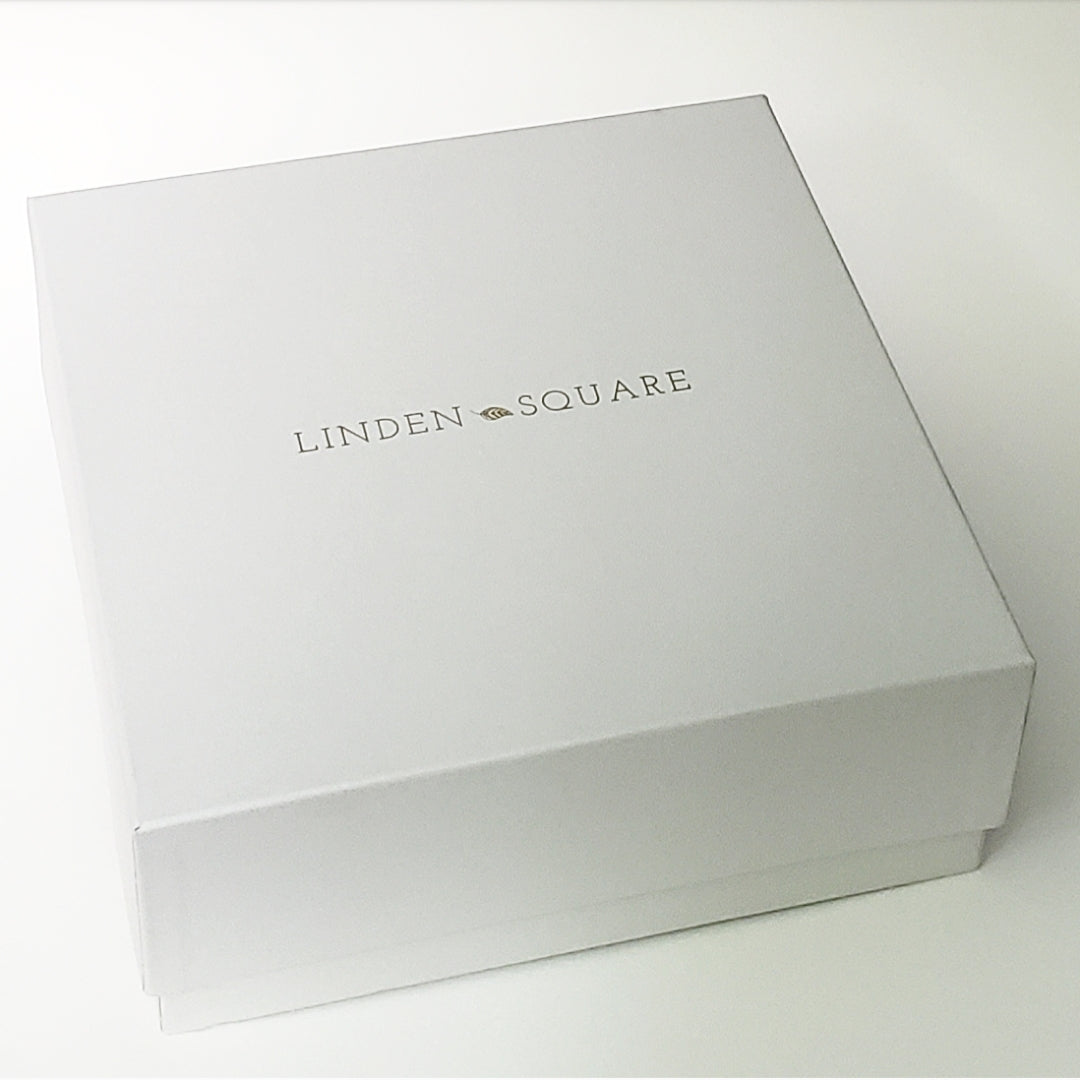 Signature Cape Cod Linen Embossed Large Box