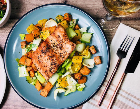 2027-Salmon Fillet And Egyptian Spiced Vegetables (B3)