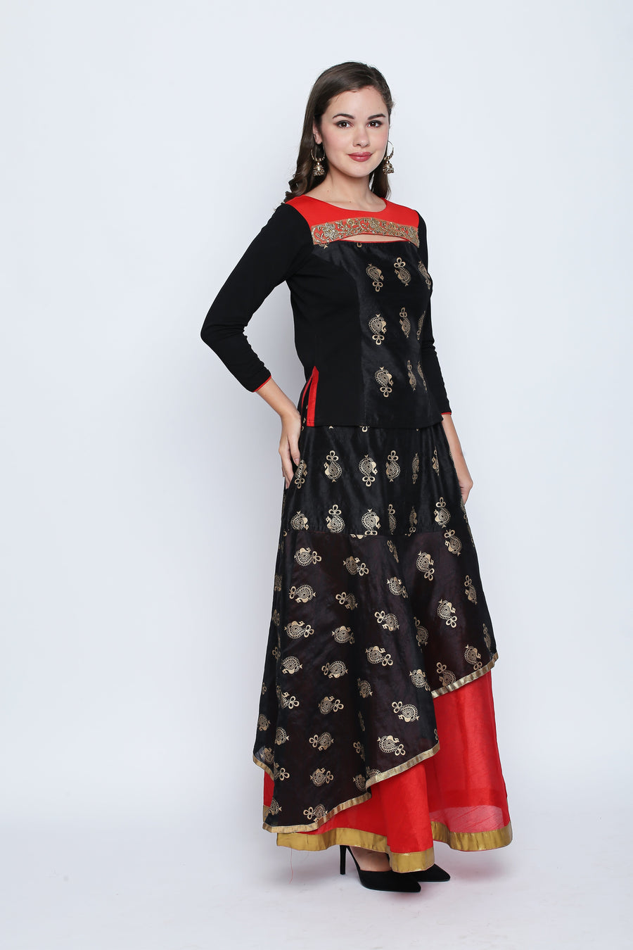 Printed Black Three-Fourth Sleeve Round Neck Blouse with Dual Color Floor Length Lehenga