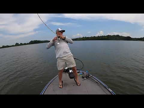 Angler Fitness with Hunter Hanks : How To Improve a Hookset