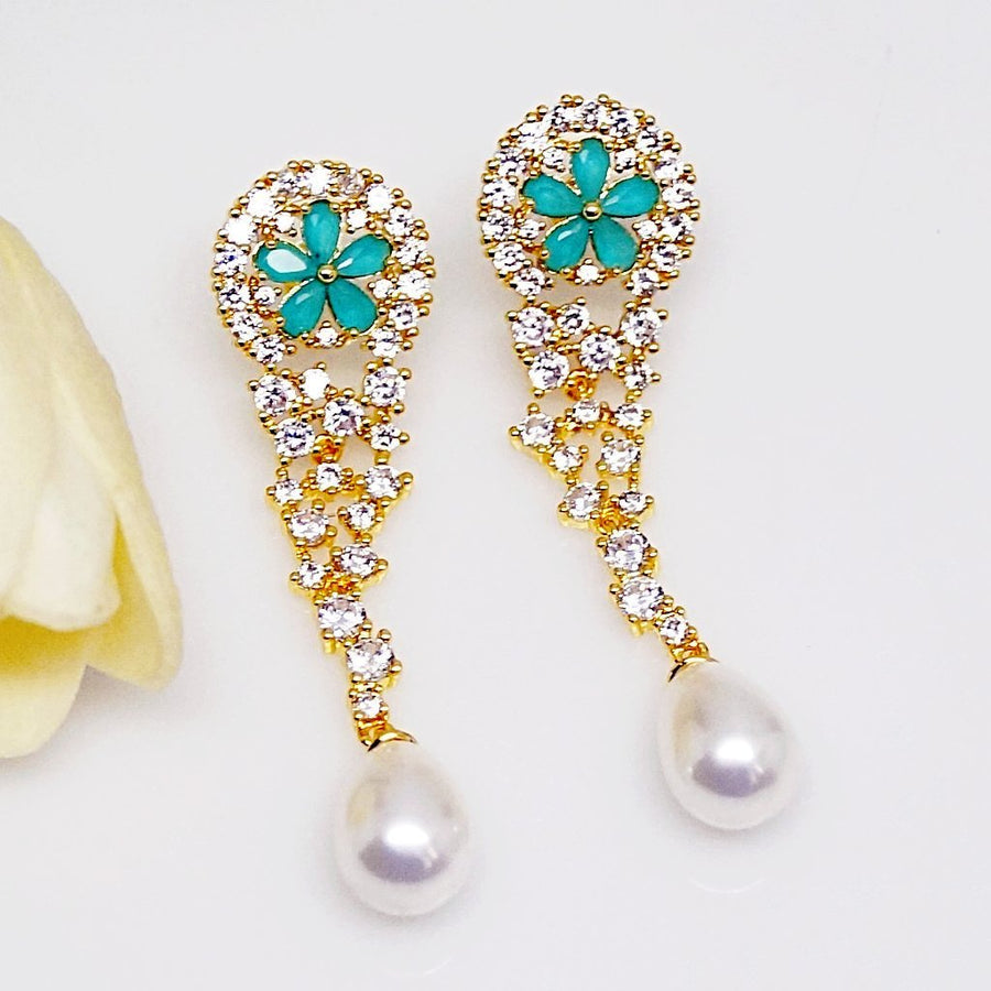 Emerald Pearl Long Dangle Earrings - Enumu