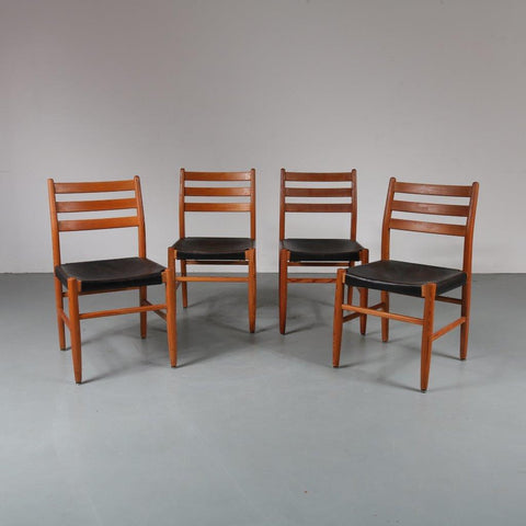 4x Pine with leather dining chairs manufactured in Scandinavia x 1960s