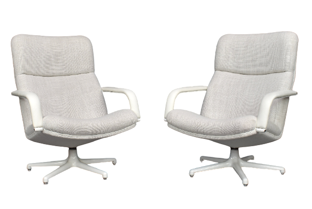 2 Geoffrey Harcourt for Artifort f154 lounge chairs