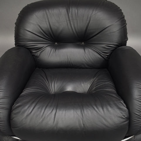 Adriano Piazzesi lounge chair in black leather, Italy 1970's